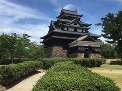 真夏の松江城、玉造温泉たまステージ