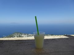 夏の優雅な南イタリア周遊旅行♪ Vol345(第18日) ☆Isola d'Capri:優雅なカプリ島の日帰り旅♪ ソラーロ山のカフェで優雅な一休み♪