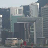 2016AUG①香港・母と姉妹と久しぶりの家族旅行に行って来ました。インターコンチネンタル・ホテルのロビーラウンジからの眺めは最高です。