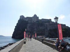 夏の優雅な南イタリア周遊旅行♪ Vol374(第20日) ☆Isola d'Ischia/Ischia Ponte:アラゴン城へゆったりと優雅に歩く♪