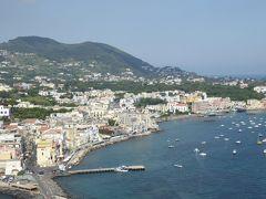 夏の優雅な南イタリア周遊旅行♪ Vol376(第20日) ☆Isola d'Ischia/Ischia Ponte:アラゴン城を優雅に鑑賞♪夏のイスキアポンテを眺めて♪