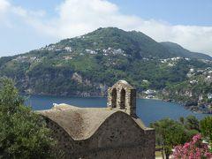 夏の優雅な南イタリア周遊旅行♪ Vol381(第20日) ☆Isola d'Ischia/Ischia Ponte:アラゴン城を優雅に鑑賞♪フレスコ画残る教会を眺めて♪