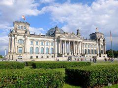 ベルリンに7泊: 前回は1987で西だった.今回は旧東が中心でドイツらしい重厚な都会.