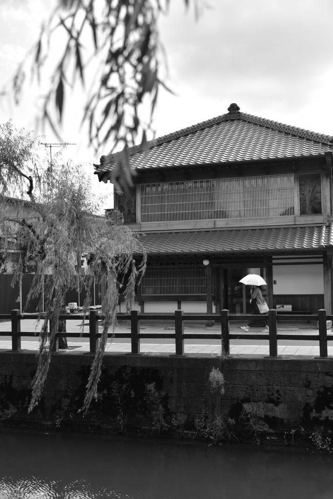 以前より訪れてみたいと思っていた佐原へ。<br /><br />新しいカメラを持ち、水郷の街をノンビリ歩いてみます。