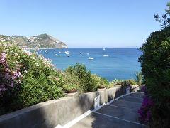 夏の優雅な南イタリア周遊旅行♪ Vol408(第21日) ☆Isola d'Ischia/S.Angelo:「Hotel Miramare Sea Resort」庭園の展望台からゆったりと眺めて♪