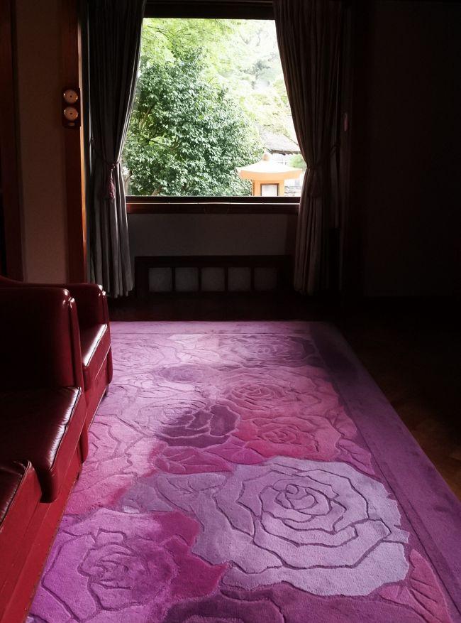 花御殿スイート152号室「ばら」に泊まる。