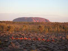 絶景大陸オーストラリア エアーズロック&シドニー③ ウルル登山&キャメルサンセットツアー