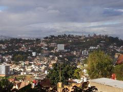 16年8月アフリカ南部の旅〜山と丘と木造建築の国、マダガスカル〜