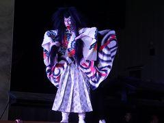 祝ユネスコ無形文化遺産登録 烏山の山あげ行事(一日目)~組み立て式の大舞台をあちこち移動させては歌舞伎の上演。昼間の軽快な動きが夜の部では幻想的な雰囲気に一変するのも大きな魅力の一つでしょう~