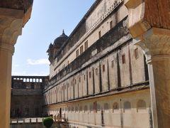 初めてのインド ・ ジャイプルの世界遺産  「 アンベール城 」と「 ジャンタル・マンタル 」