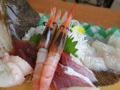 男鹿半島でのランチは,もちろん,海鮮丼。数量限定の特別メニューです。
