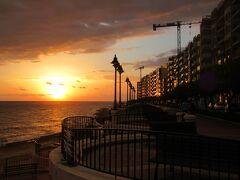 セント・ジュリアンの海岸線を朝散歩 マルタ島