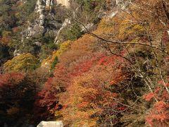 紅葉と渓流がすばらしい昇仙峡