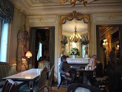 秋パリ<1日目その2>ベルサイユからのラデュレで女子会ナイト