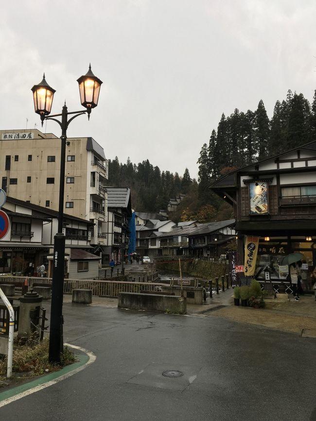 今回は仙台経由して山形の旅です。天候の関係もあって1日目山寺→天童泊 2日目銀山温泉へ向かいました。山形はこの時期すごく寒かったです。