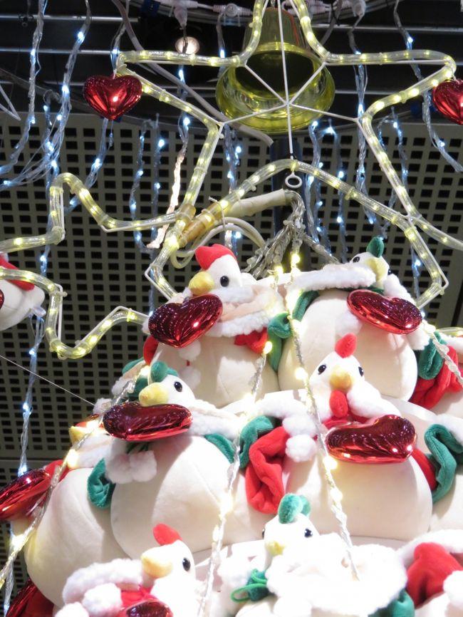 東京国際フォーラム恒例の干支クリスマスツリー(とりバージョン)