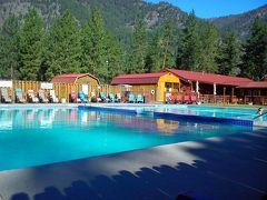 アメリカ3州・カナダ2州、国境沿いドライブの旅2週間2016 17、グレイシャー国立公園近くの温泉宿 Quinn's Hot Springs Resort