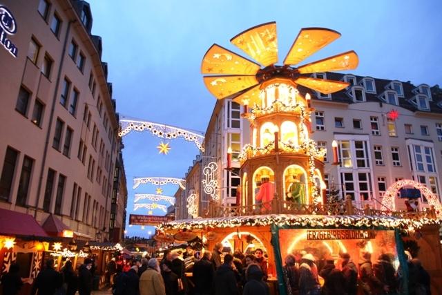 ドレスデン・クリスマスマーケット』ドレスデン(ドイツ)の旅行記