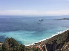 オーシャニア・リビエラ地中海クルーズ vol .23   タオルミーナの街歩きから帰船。ジャルジー二・ナクソスの港の情景。