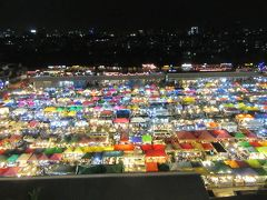 タラートロットファイ バンコク市内の3箇所に GOでござる。