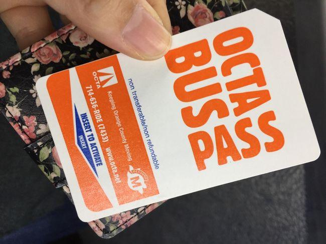 タクシーやウーバーもいいけど、安くのんびりと現地人の視点で使えるのはやっぱりバス!でも仕組みが分からないと使いづらいのも難点です。<br />それでもやっぱり一人でもバスを乗りこなしたいと思う皆さんのために2017年1月のアナハイムバスOCTA乗車の最新版をお届けします。このページにあたる前半の「アプリ使いこなし編」と後半の「実際乗ってみる編」(URLは下記参照)の2本立てです。<br /><br />用意するものは2つ!バスアプリ「Transit」(iOS・Android対応)と1日券用のお金4ドルです(バスではお釣りがもらえないのでちょうどを用意しましょう)。<br /><br />&gt;&gt;実際に乗ってみる編はこちら<br />http://4travel.jp/travelogue/11208949