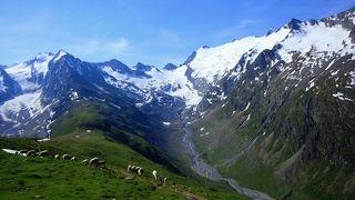 チロル・ドロミテのハイキング12日間 ③(オーバーグルグル)