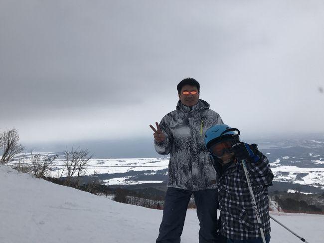 今シーズン3回目のスキー旅行に出掛けました!<br />今回のスキー場&宿は 初めて訪れる「グランドサンピア猪苗代リゾート」<br />ゲレンデもホテル直営で リフト券も割とリーズナブルですが<br />しっかりゴンドラも備わる本格的なスキー場です。