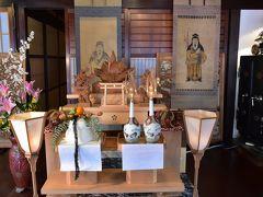 山町筋の天神様祭と土蔵造りの町並み(富山県高岡)