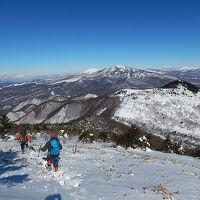 湯の丸山~角間山周回 青空の下で雪山ハイク