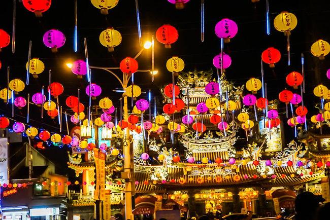 街を歩き回ることだけが目的なので何回行ってもいつも同じ・・・。<br /><br />今回は初台湾の後輩と一緒だったので大好物の定番コースを改めて一回り。<br />だけどそれで充分!!<br />何度行っても居心地はいいですよね~~・・・<br /><br />正月の時期は初めてだったのでそれも新鮮だった。<br /><br />【1日目】成田(09:30)→台北→ 建国假日玉市→光華観光玉市→光華数位新天地→電子街→西門町→龍山寺→華西街・艋舺観光夜市<br /><br />【2日目】東門市場→中正紀念堂→迪化街→台北駅→九份→饒河街観光夜市<br /><br />【3日目】雙連朝市→台北駅→三峽老街→鶯歌老街→台北に帰りインターバル、ちょつとした買い物→士林夜市<br /><br />【4日目】ホテル周りの四平街等散策→ピックアップ→台北(16:30)→成田<br /><br />レオフーホテル滞在の3泊4日の旅でした。<br />