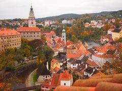 白い花のような街を巡る旅(9)可憐なスズランのようなチェスキークルムロフは、絵葉書よりも美しい町でした(^^♪