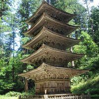 往復飛行機利用、日帰りで出羽三山神社を訪ねる。帰路はスターウォーズジェット。