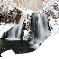 ◆春まだ遠き明神滝、春はもうすぐ東野の清流