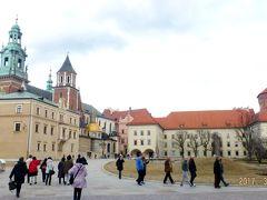クラクフのヴァヴェル城と旧市街散策