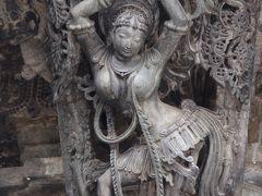 インド・デカン高原の旅 3 (ベルールのチェナケーシャヴァ寺院 1 )