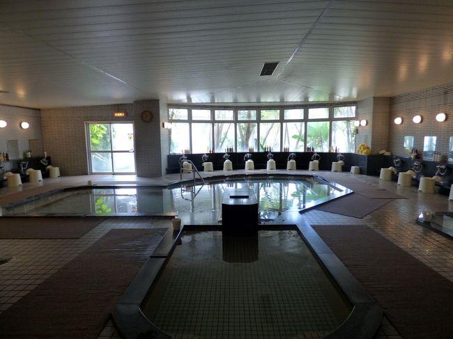 お部屋で一息ついた後は、ホテル1階の大浴場に向かいます。<br /><br />この期間は阪神タイガースの沖縄キャンプの宿泊先になっているので、大浴場やレストランの運用などに変更がありました。<br />