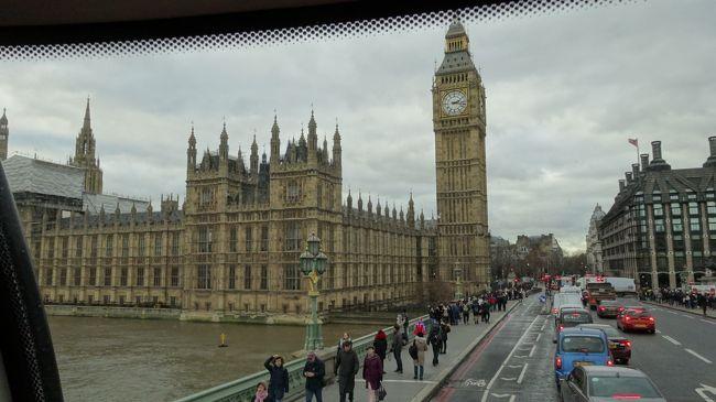 ↑ 路線バス二階席最前列からビッグベンを望む<br /><br /><br />朝から路線バスで郊外のグリニッジに出かけた。<br /><br />冬のロンドンの日没は早い。<br /><br />限られた昼間の日照時間は大事に使い<br />夜間は屋内施設を利用することを考え、<br /><br />8時半まで入場延長される金曜夜に<br />大英博物館に行ってきた。<br /><br />【行程】<br /><br />グリニッジ天文台→コヴェントガーデン→<br />チャイナタウン→ピカデリーサーカス→<br />ビッグベン→セントパンクラス駅→<br />大英博物館<br /><br />パディントン駅→セントパンクラス駅→<br />(ユーロスター)→パリ北駅<br />