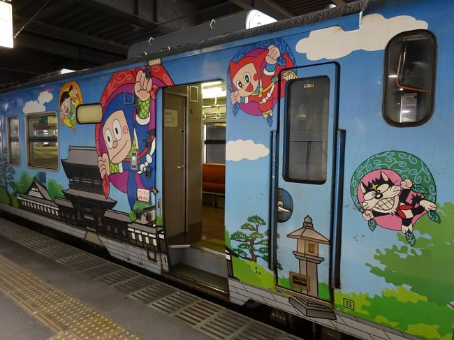 青春18きっぷを使って土日で飛騨古川、高岡、氷見、上市を巡ってきました。<br />日曜日に北アルプスの西側の天気が良さそうな予報だったので、富山から北アルプスを眺められればと金曜日の夜に急遽思い立ち、列車に乗りながら適当に行き先を考えた無計画な旅です。<br /><br /><行程><br />→美濃太田7:31→10:05高山10:28→10:45飛騨古川12:21→13:10猪谷13:43→14:33富山14:48→15:05高岡16:22→16:49氷見18:52→19:21高岡19:24→19:42富山(鉄道)<br />電鉄富山7:59→上市8:25(鉄道)<br />上市駅9:35→東種9:58(バス)<br />大岩12:30→上市駅12:50(バス)<br />上市13:07→13:33電鉄富山/富山14:05→15:03猪谷15:08→18:50美濃太田→(鉄道)<br />