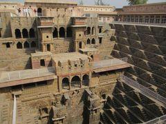 ラージャスターンと北インドの旅 (2)         チャンド・バーオリー(Chand Baori)を観る。