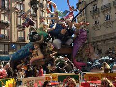 バレンシアの火祭りへ娘と二人旅