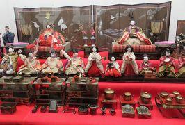 2017春、九州西北部の城巡り(15/35):3月30日(3):平戸城(3/6):天守閣、雛人形飾り、平戸城遺物展示