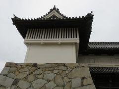 2017春、九州西北部の城巡り(34/35):3月31日(9):佐賀城址(1/2):佐賀城大手門、本丸御殿のような造りの本丸、染井吉野