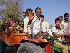 インド・デカン高原の旅 19 (ホスペットの朝と、農村への突然の訪問に村中大騒ぎ)
