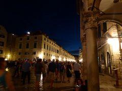 中世の夜に迷い込んだ?幻想的なプラッツア通り~16年夏クロアチアなど4カ国周遊8月11日その5ドブロブニク