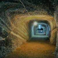 千葉県 サクラひらりに重なる影 房総館山に息を潜める戦争遺産を訪れてみた オッサンネコの一人旅