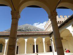 春の優雅なアブルッツォ州/モリーゼ州 古城と美しき村巡りの旅♪ Vol28(第2日) ☆Celano:美しき古城「チェラーノ城」城内やパノラマを楽しんで♪