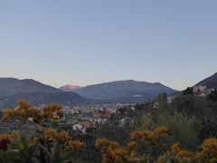 春の優雅なアブルッツォ州/モリーゼ州 古城と美しき村巡りの旅♪ Vol33(第3日) ☆Celano:チェラーノの高級ホテル「Hotel Le Gole」スイートルームから素晴らしい朝の風景を眺めて♪