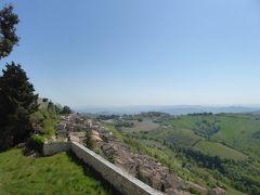 春の優雅なアブルッツォ州/モリーゼ州 古城と美しき村巡りの旅♪ Vol44(第3日) ☆Civitella del Tronto:美しき古城「チビテッラ・デル・トロント城塞」♪展望台から素晴らしいパノラマ♪