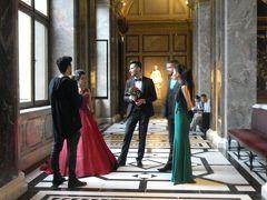 還暦過ぎ夫婦 2017年5月4日(1泊目)麗しい男女が集う、ウィーンの美術館
