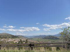 春の優雅なアブルッツォ州/モリーゼ州 古城と美しき村巡りの旅♪ Vol92(第4日) ☆Santo Stefano di Sessanioから美しい高原の中をL'Aquilaへ♪